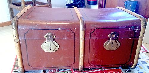 Gammal koffert innan målning