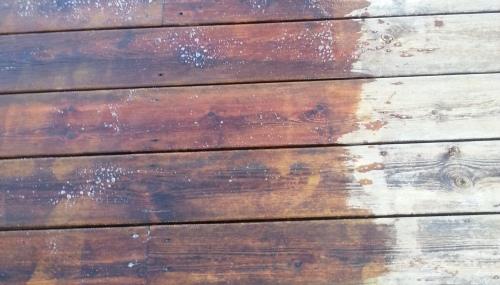 Ta bort olja på altan